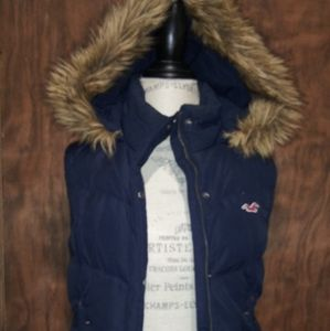 Hollister Winter Puffer Vest with hood